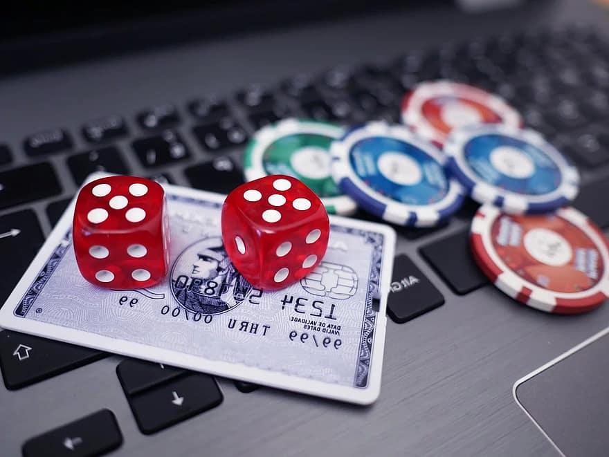LigaFC: a network of online gambling